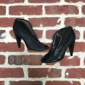 Vince Camuto Amber Black Booties